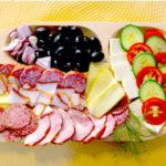Platos de embutidos rumanos