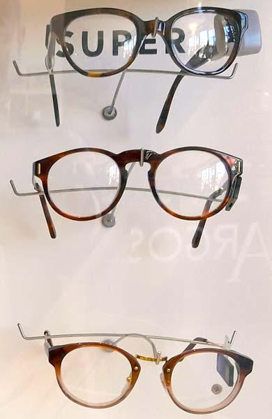 Gafas de Sol SUPER en Estepona