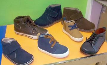Botas para niños, calzado infantil