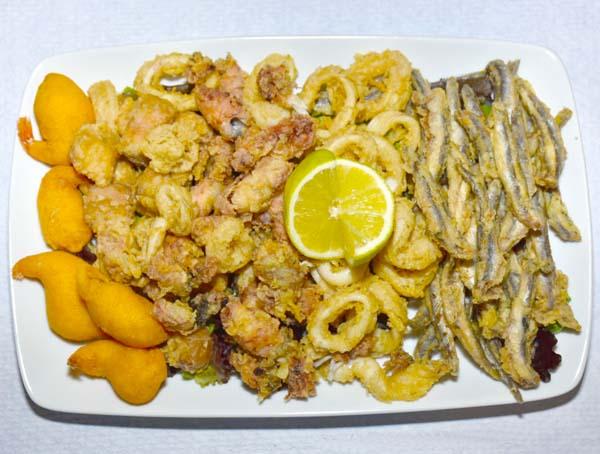 Fritura de Pescado Pescaito Frito Restaurante SOL Y MAR