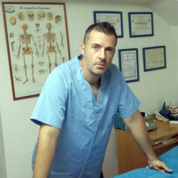 Masajista Fisioterapéuta Osteopatía en Estepona Costa del Sol