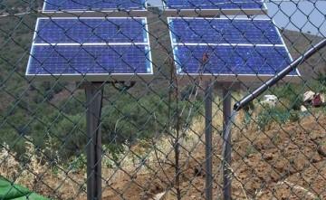 Instalación solar fotovoltaica con bomba sumergible