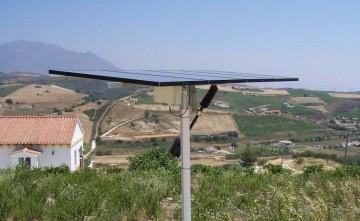 Instalación solar fotovoltaica con seguidor solar