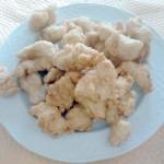 Ración de gallo frito al limón