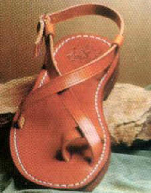Sandalia Becerro. Artesanía en cuero