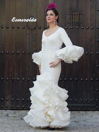 Vestidos de Flamenca y Comunión La Línea de la Concepción