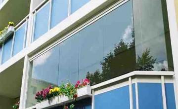 Cierre panorámico para balcón Estepona