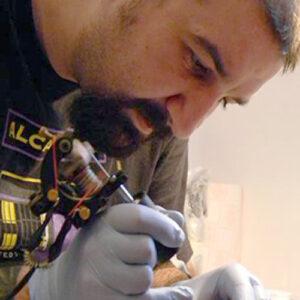 Tatuador en Estepona Tatuajes Artísticos HIPNO TATTOO