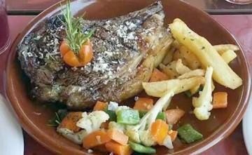 Chuletón de buey Venta Los Pedregales Restaurante en Estepona